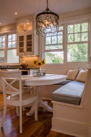 厨房餐桌美式风格装修图片