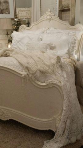 温暖简欧风格卧室装修效果图