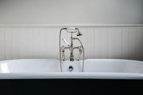 清新雅致简欧风格浴室装修效果图