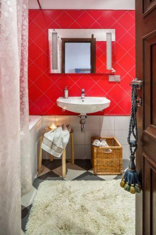 卫生间红色背景墙混搭风格装修图片
