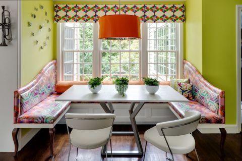餐厅黄色背景墙混搭风格装饰设计图片