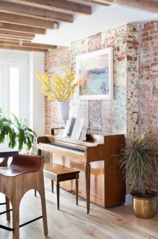 客厅黄色背景墙混搭风格装潢效果图