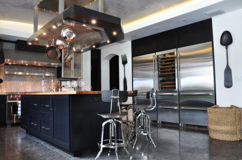 厨房黑色橱柜混搭风格装修图片