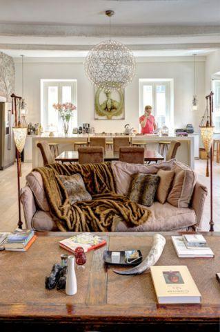 客厅紫色沙发混搭风格装修图片