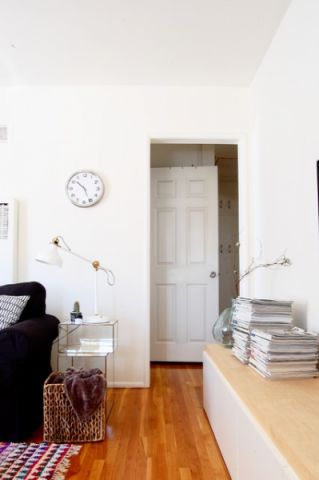 客厅白色背景墙混搭风格装修图片