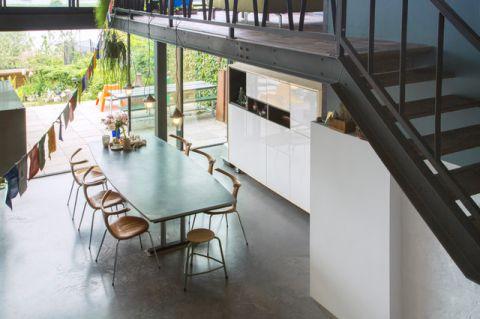 餐厅楼梯混搭风格装潢效果图