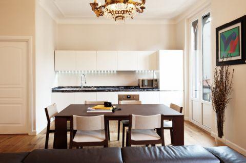 餐厅白色橱柜现代风格装饰图片