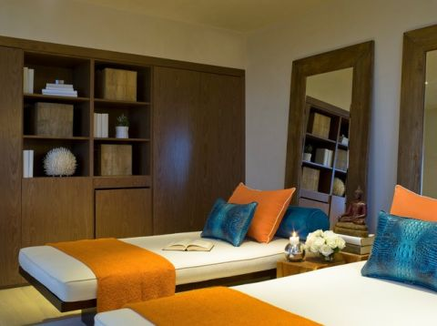 卧室黄色细节现代风格装修图片