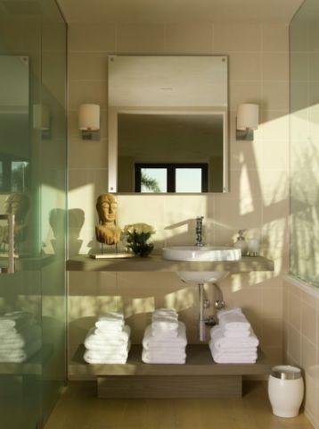 卫生间黄色细节现代风格装潢设计图片