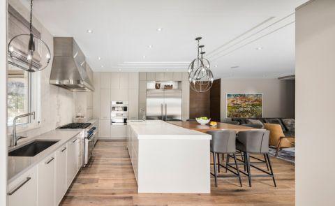 厨房白色吧台现代风格装饰图片