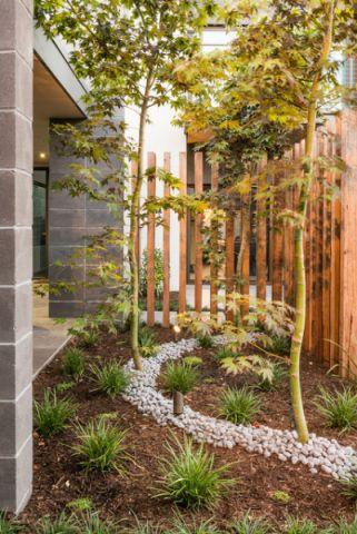 花园外墙现代风格效果图