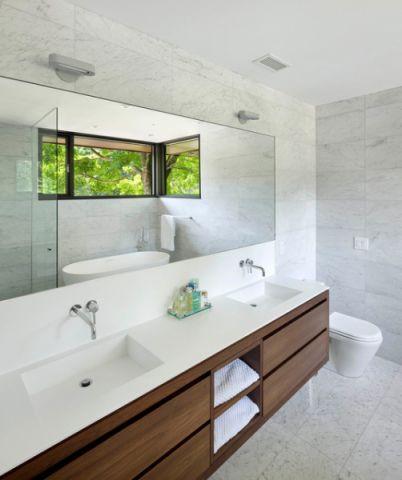 特立独行现代风格浴室装修效果图