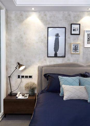 卧室照片墙现代风格装饰设计图片