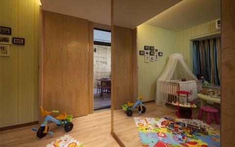 儿童房推拉门欧式风格装修设计图片