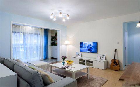 福星惠誉东澜岸82平现代两居室装修效果图