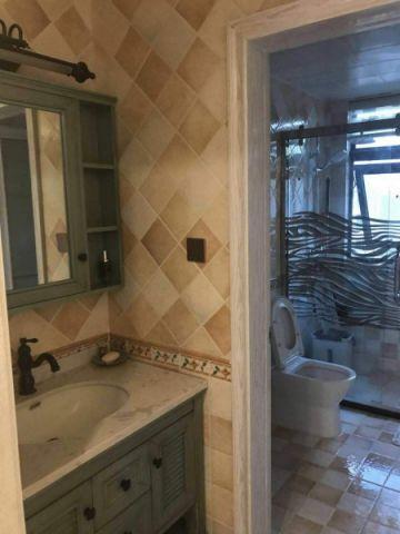 卫生间灰色洗漱台美式风格装修图片