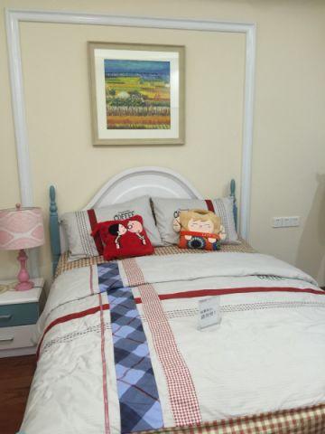 卧室照片墙新古典风格装饰设计图片