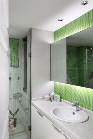 卫生间隐形门现代风格装潢图片
