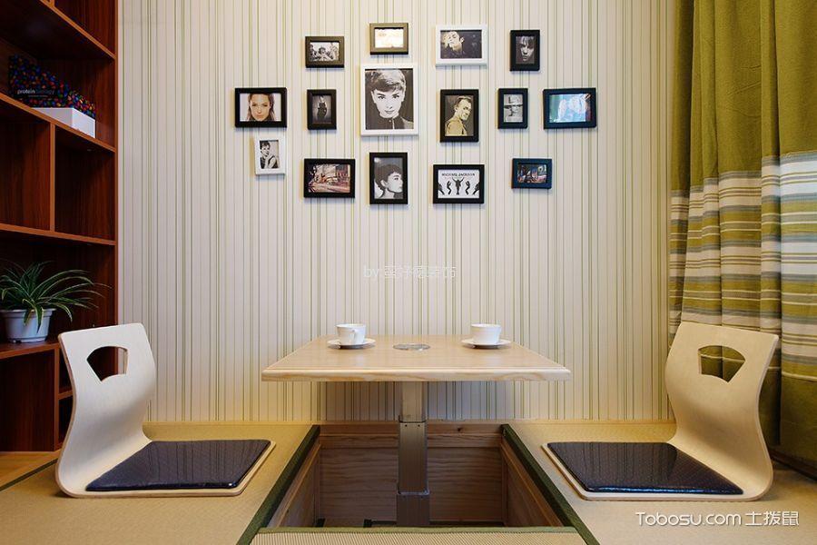 卧室彩色榻榻米现代风格装潢效果图