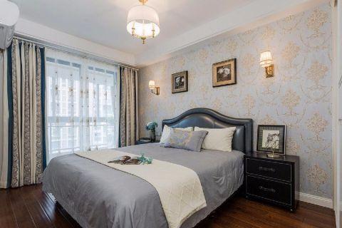 卧室照片墙新古典风格装潢设计图片