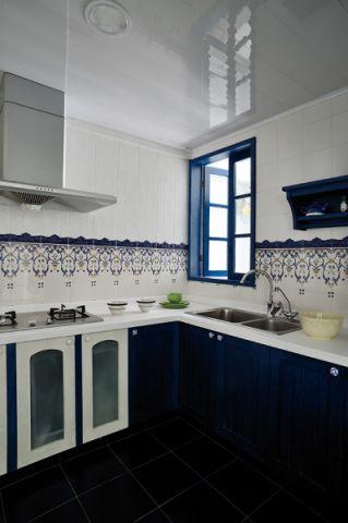 厨房蓝色橱柜地中海风格装潢效果图