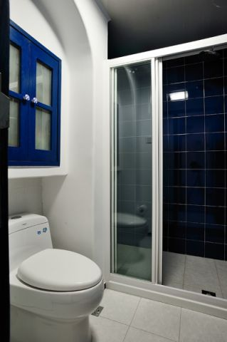 卫生间蓝色细节地中海风格装修图片