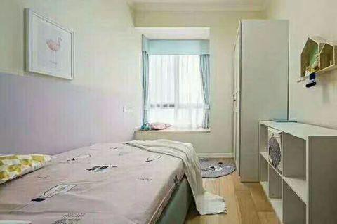 卧室白色飘窗现代简约风格装饰图片