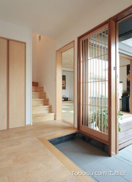 玄关橙色楼梯日式风格装潢设计图片