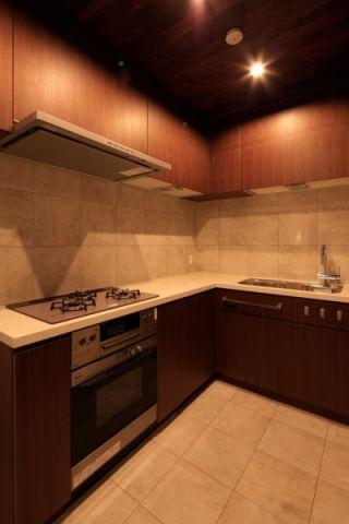 厨房日式风格效果图大全2017图片_土拨鼠优雅沉稳厨房日式风格装修设计效果图欣赏