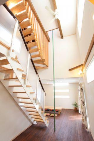 楼梯日式风格效果图大全2017图片_土拨鼠美感沉稳楼梯日式风格装修设计效果图欣赏
