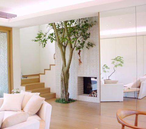 客厅楼梯日式风格装饰设计图片