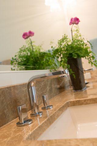 卫生间细节简欧风格装饰图片