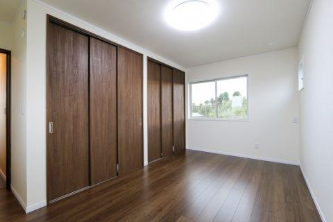客厅地砖日式风格装潢图片