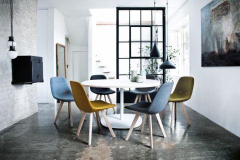 餐厅餐桌北欧风格装修设计图片