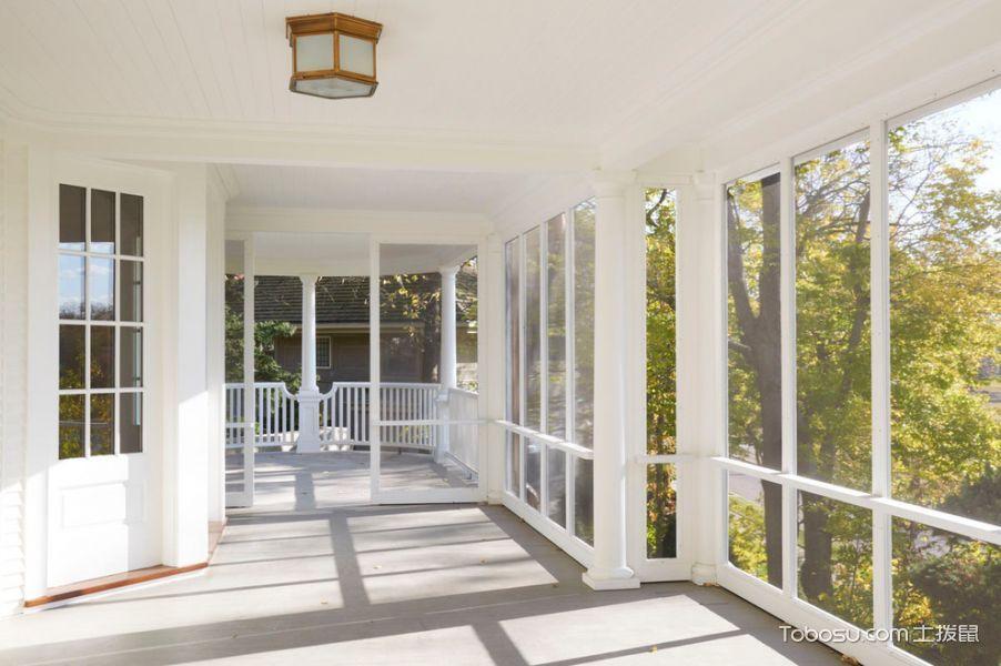 阳台白色落地窗美式风格装潢设计图片