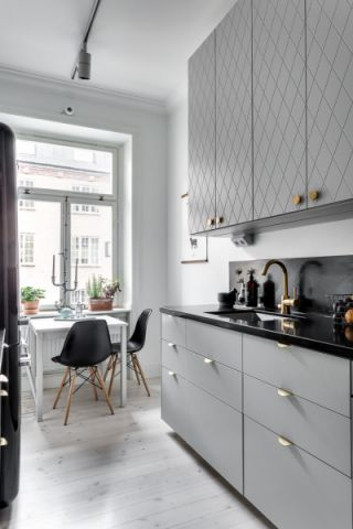 2020北欧厨房装修图 2020北欧餐桌装修效果图片
