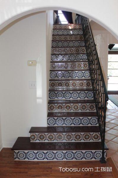 玄关黑色楼梯地中海风格装修设计图片