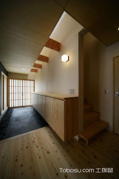 玄关黄色走廊日式风格效果图