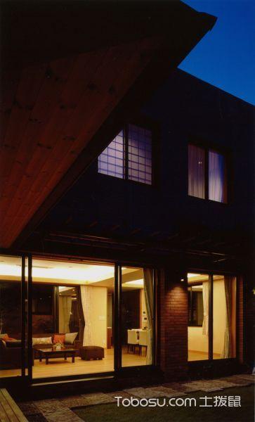 客厅黑色推拉门日式风格装修设计图片