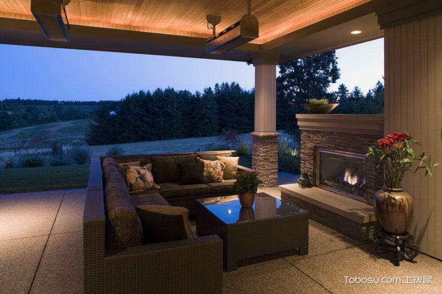 阳台咖啡色沙发美式风格装潢效果图