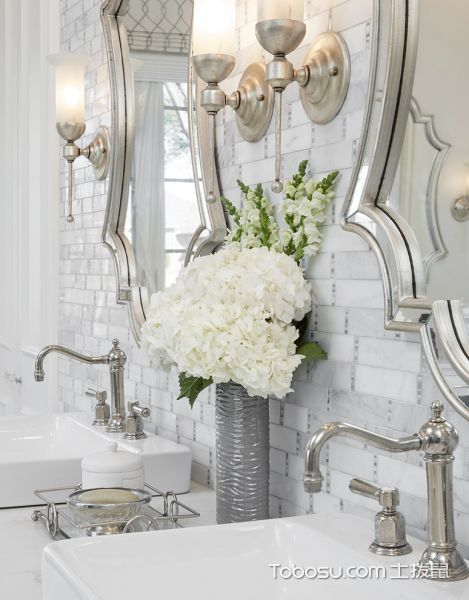 浴室白色洗漱台美式风格装修图片