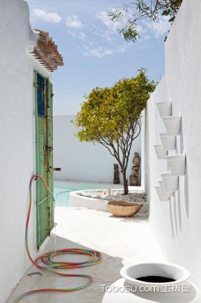 花园白色地板砖地中海风格装潢设计图片