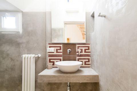 浴室地中海风格效果图大全2017图片_土拨鼠干净风雅浴室地中海风格装修设计效果图欣赏