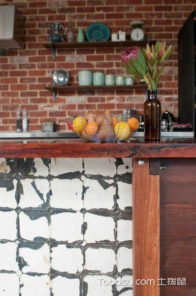厨房红色背景墙简欧风格装修设计图片