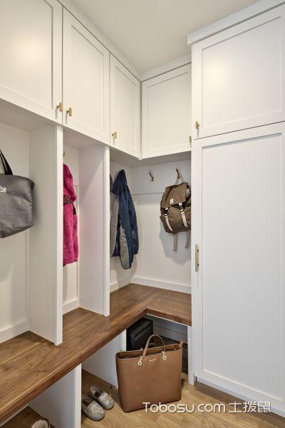 衣帽间白色衣柜北欧风格装饰图片
