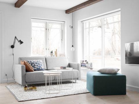 客厅灰色沙发北欧风格装修设计图片