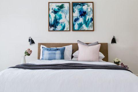 卧室咖啡色北欧风格装修设计图片