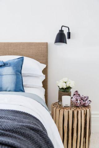 卧室黄色北欧风格装饰设计图片