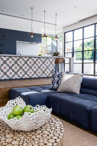 客厅蓝色北欧风格装修效果图