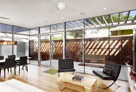 客厅白色沙发现代风格装修设计图片